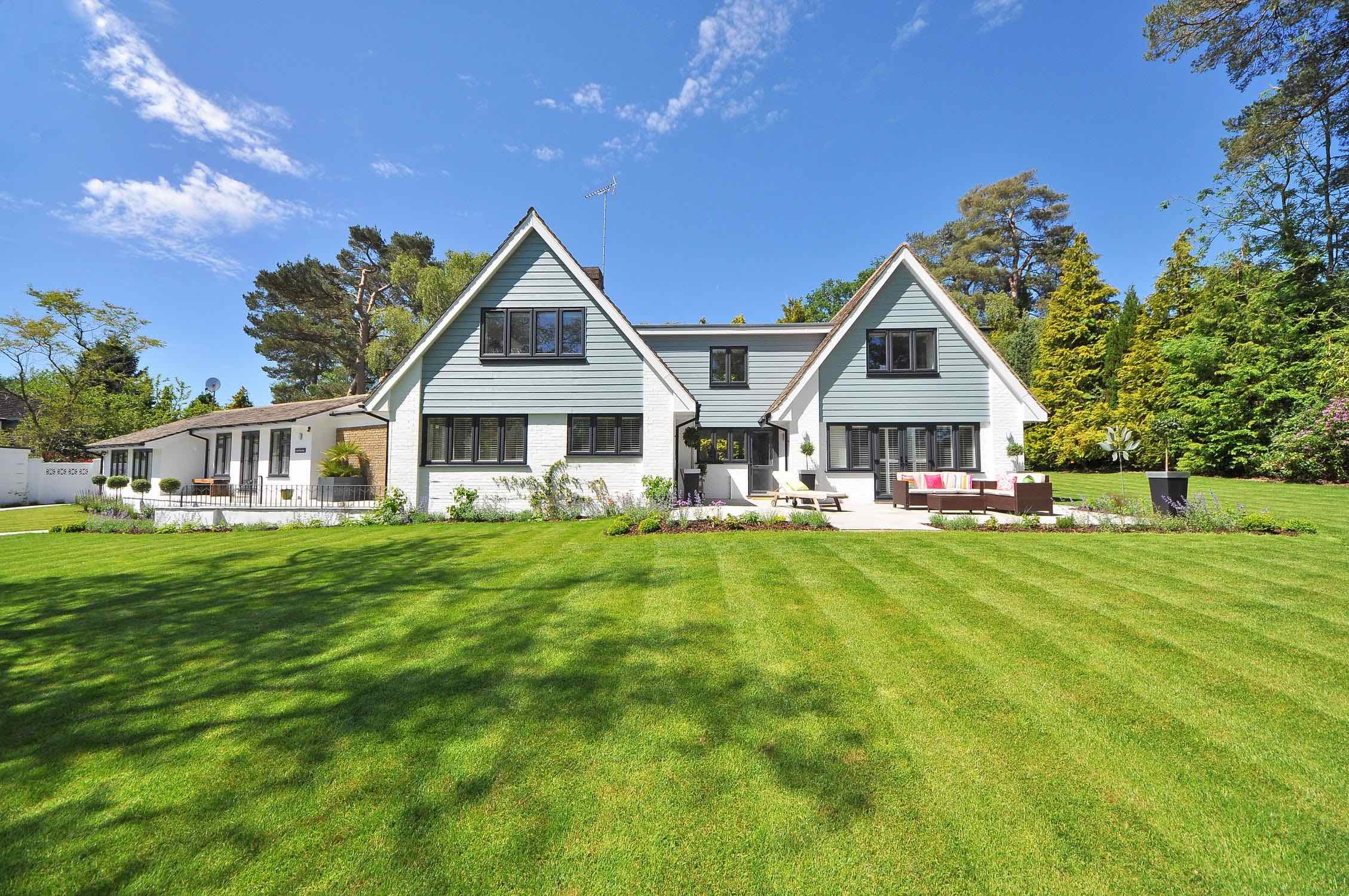 Spring is the Perfect Time to Consider Home Window Tinting