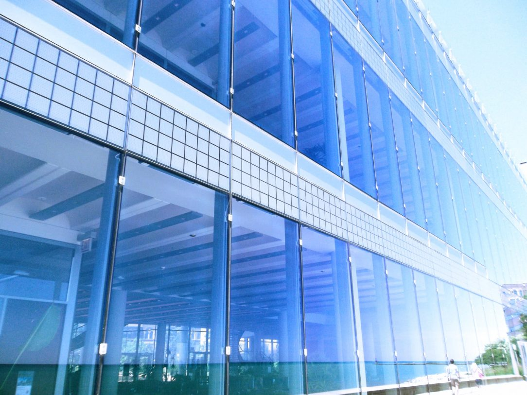 5 Ways Window Films Can Improve Commercial Spaces in Tulsa, Oklahoma - Commercial Window Tinting in Tulsa, Oklahoma
